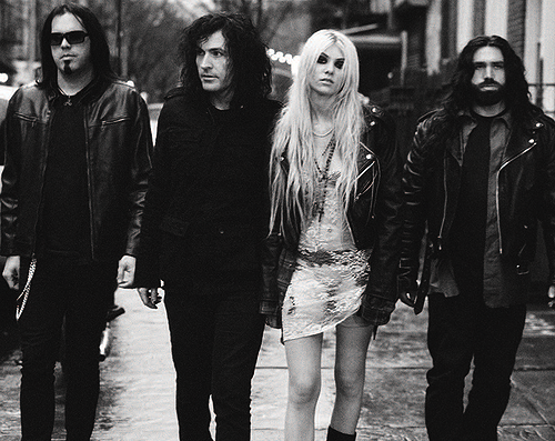The-Pretty-Reckless-500x397